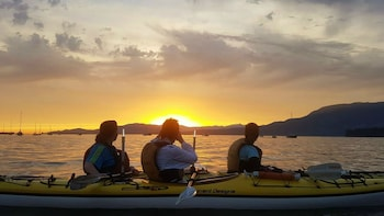 Urban Sunset Kayaking Tour