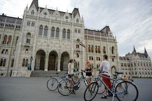 Budapest Small Group Bike Tour