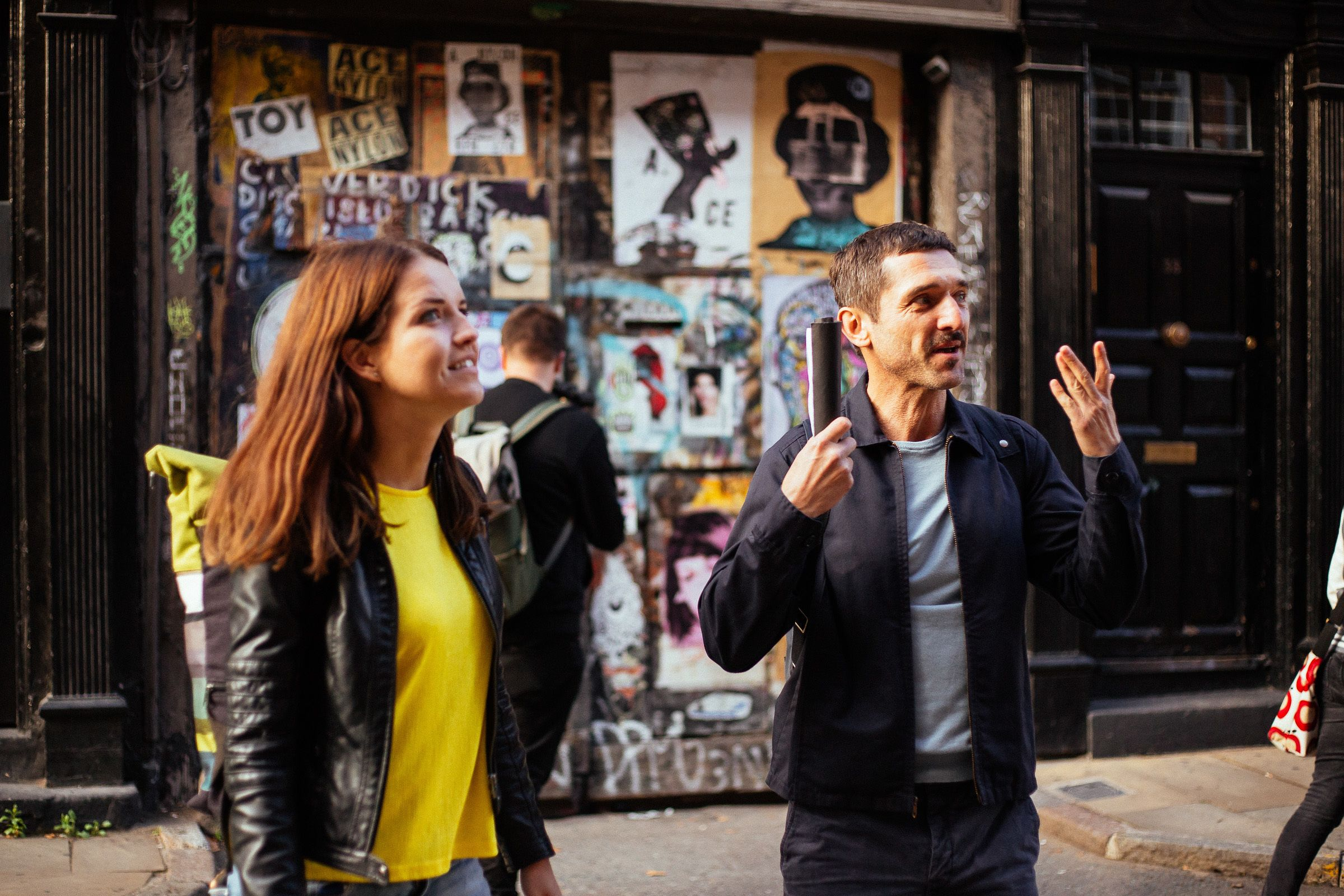 Tourists in the Urban Jungle of London