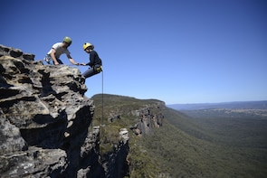 Spectacular Half Day Abseiling Adventure- Blue Mountains