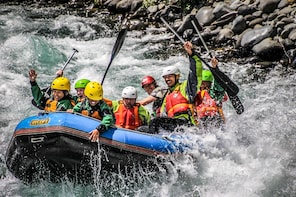 Tongariro Grade 3 White Water Rafting Adventure