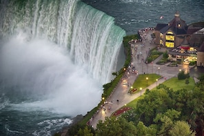 Niagara Falls Canada Tour & Maid of the Mist Boat Ride