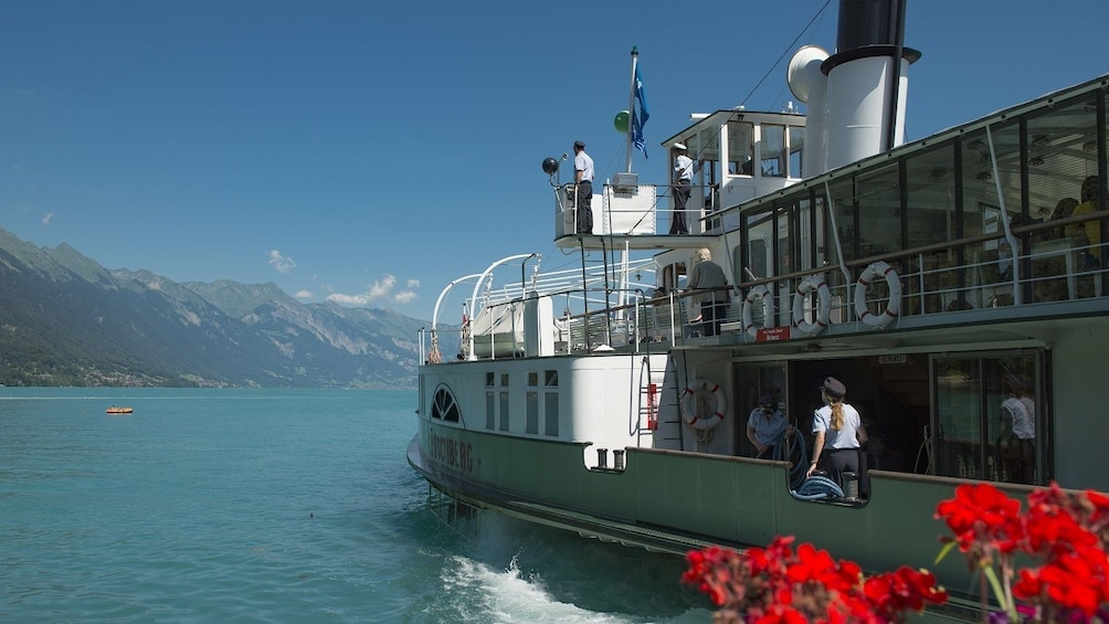 Apri foto 4 di 8. Interlaken & the Swiss Alps Day Trip from Milan