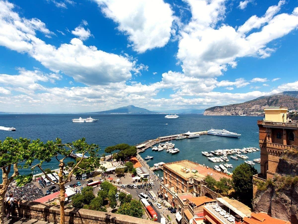 Sorrento, Positano & Amalfi Small-Group Tour