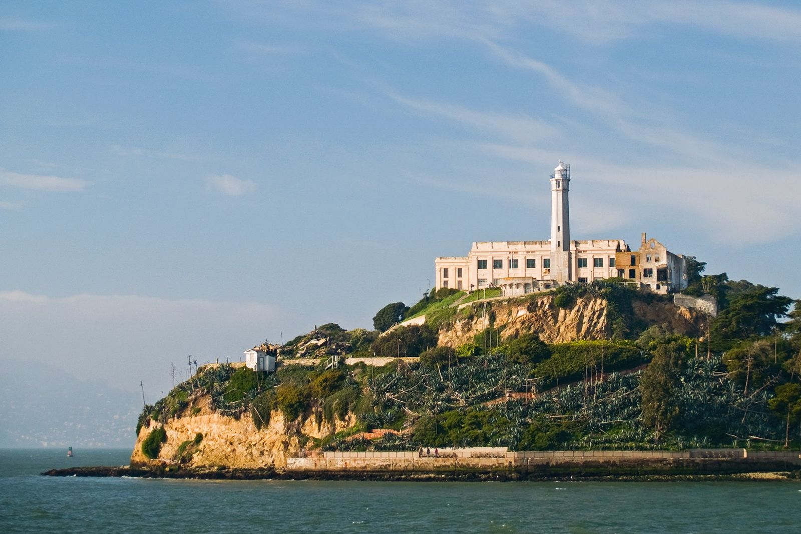 Alcatraz Island Ticket with Chinatown Tour & Cable Car