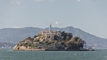 Alcatraz Island Ticket with Chinatown Tour & Cookie Factory