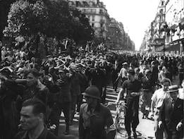 Small Group World War II walking Tour in Paris