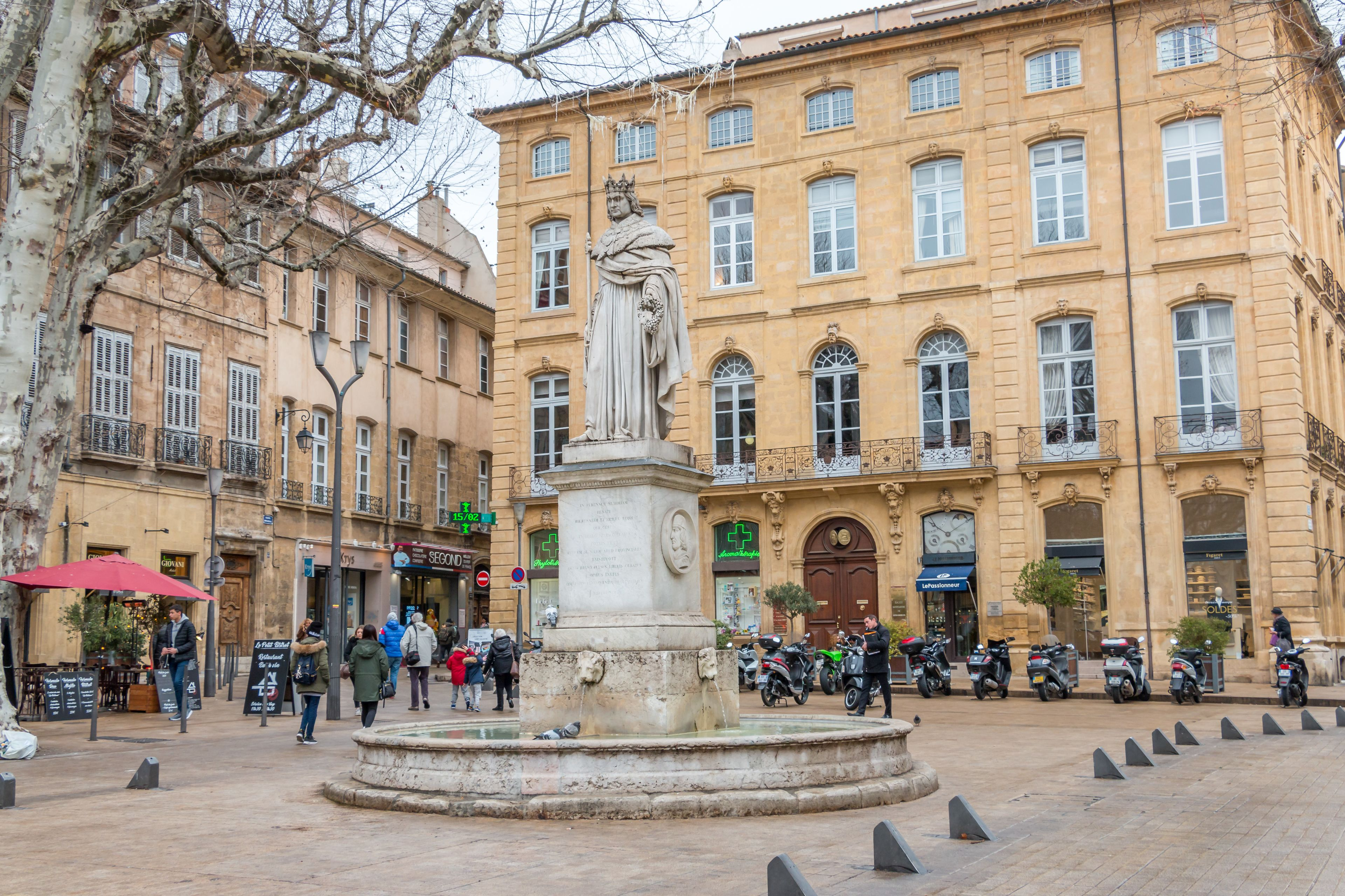 A Full Day in Aix-en-Provence, Cassis & Marseille