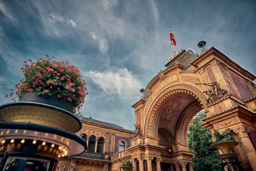 Öppna foto 1 av 3. Tivoli Gardens Skip-the-Line Admission  Monday to Friday