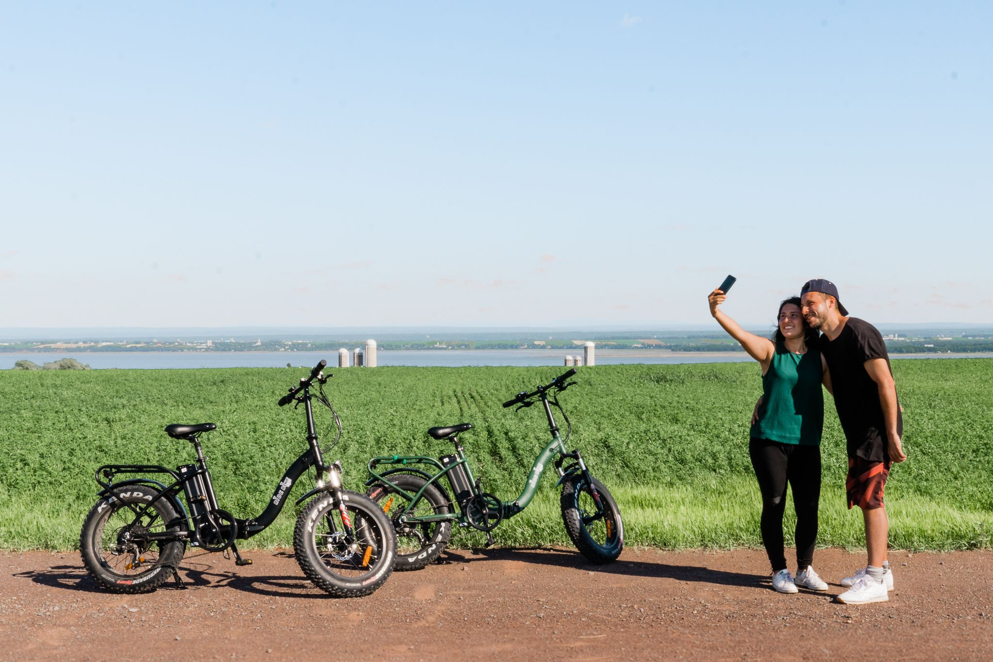 Rent electric bikes and cycle on Ile d'Orleans with ease!