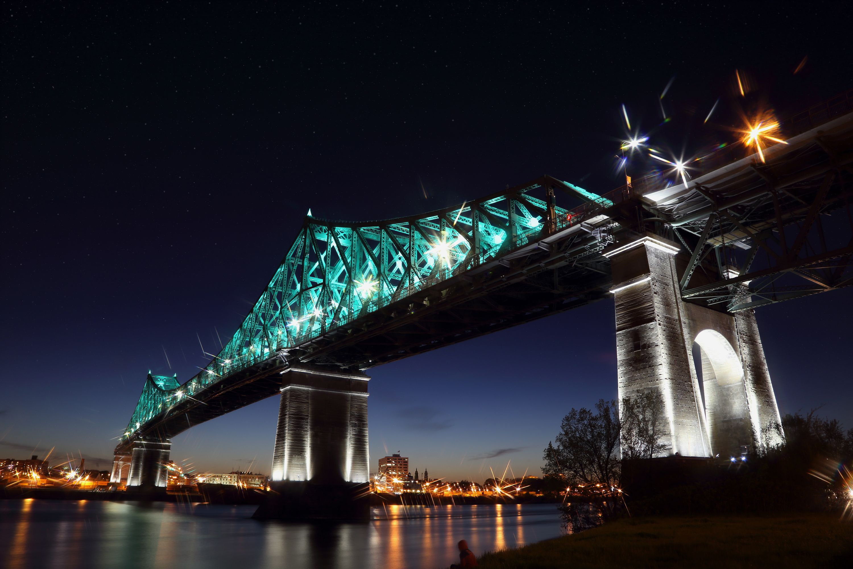 Epic Montreal Night Tour