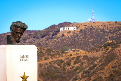 James Dean memorial statue in Hollywood