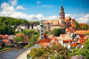 Tour of Cesky Krumlov with Lunch