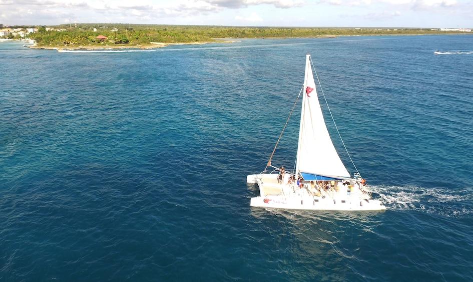 All-Inclusive Saona Island Tour by Speedboat & Catamaran