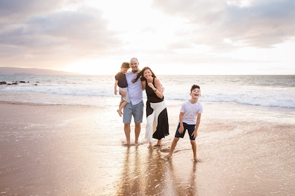 Family photoshoot along the beach with a local photographer in Maui
