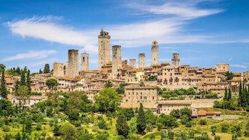 Siena and San Gimignano Private Day Trip from Rome