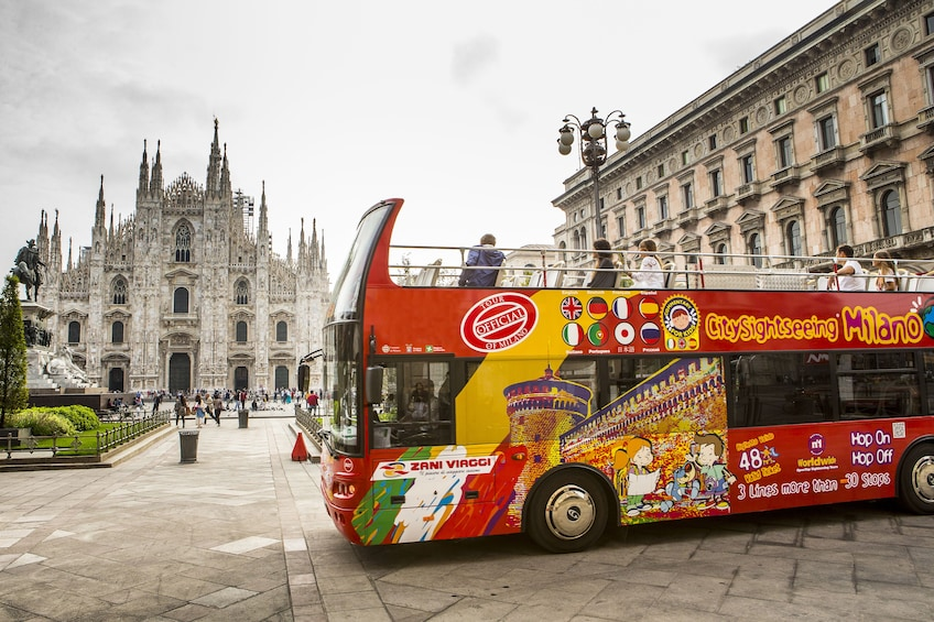 Foto 10 von 10 laden City Sightseeing Milan Hop-on Hop-off