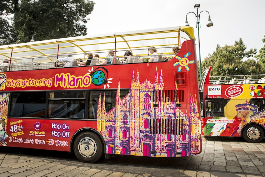 Foto 2 von 10 laden City Sightseeing Milan Hop-on Hop-off