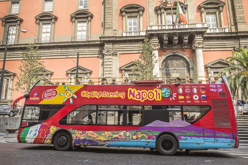 Foto 5 van 10. City Sightseeing Naples Hop-on Hop-off