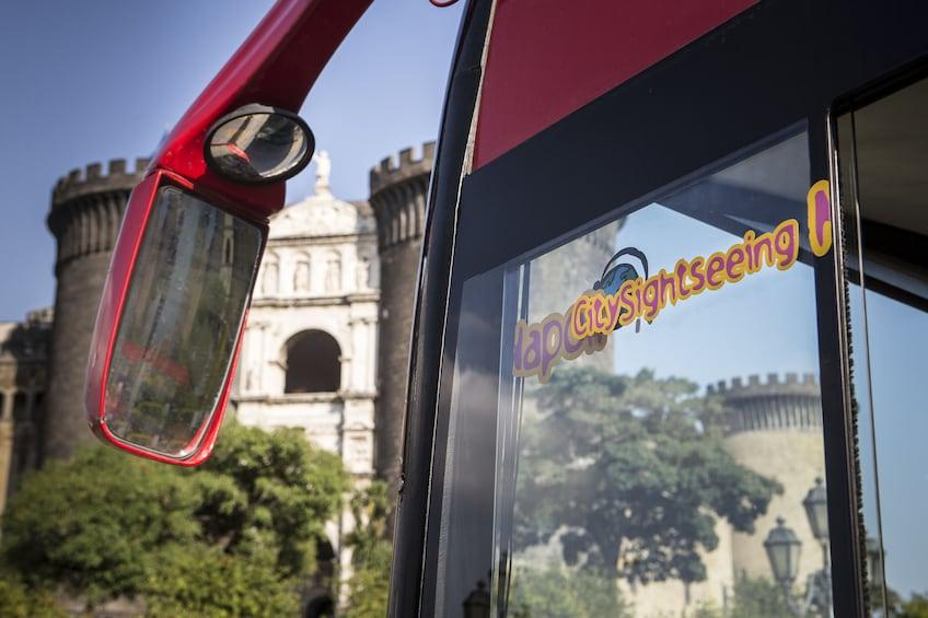 Foto 3 van 10. City Sightseeing Naples Hop-on Hop-off
