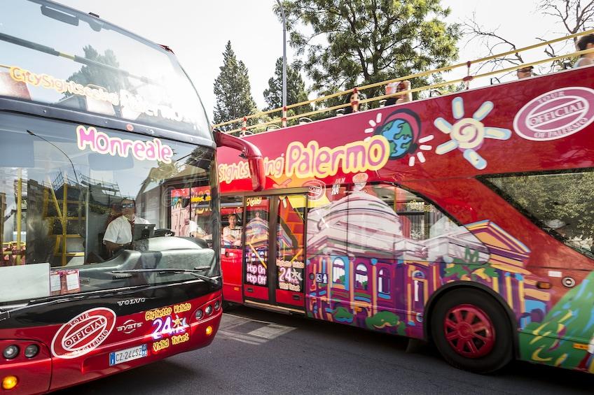 Foto 2 von 10 laden City Sightseeing Palermo Hop-on Hop-off