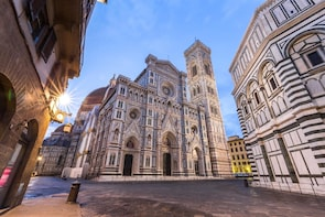 Skip-the-Line Duomo: Priority-Access 30-Minute Guided Tour