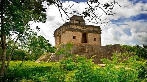 Dzibilchaltun, Progreso Nature And Archaeological