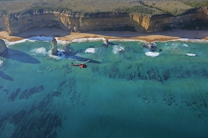 Private 12 Apostles Day Tour with Heli Return