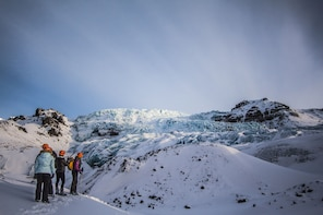 Small Group Easy Glacier Hiking Tour In Skaftafell