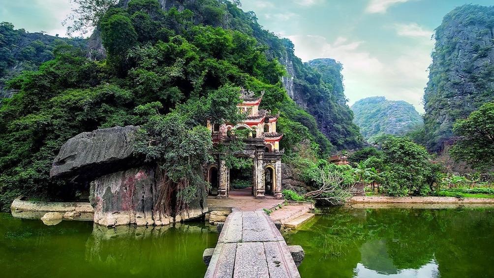 Bich Dong Temple in Tam Cốc-Bích Động