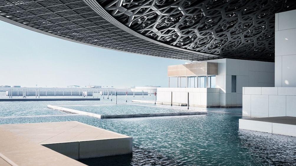 Louvre Museum Abu Dhabi & Grand Mosque Tour from Dubai
