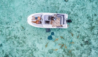 Private Bora Bora Lagoon Snorkel Cruise with BBQ Picnic