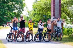 Hue Cycling Tour and Dragon Boat Ride