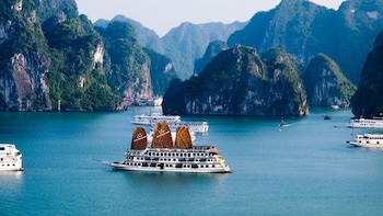 Hanoi - Halong Bay Overnight Tour