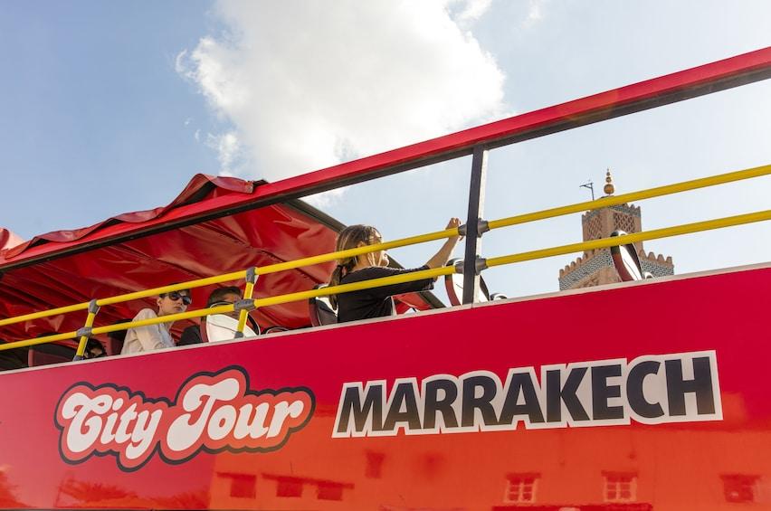 Charger l'élément 3 sur 9. Marrakech City Tour Hop On-Hop Off