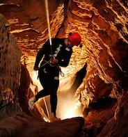 Black Water Rafting und Caving-Aktivitäten ab Auckland oder Rotorua