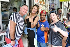 Small Group Cultural and Historical Food Tour of Singapore