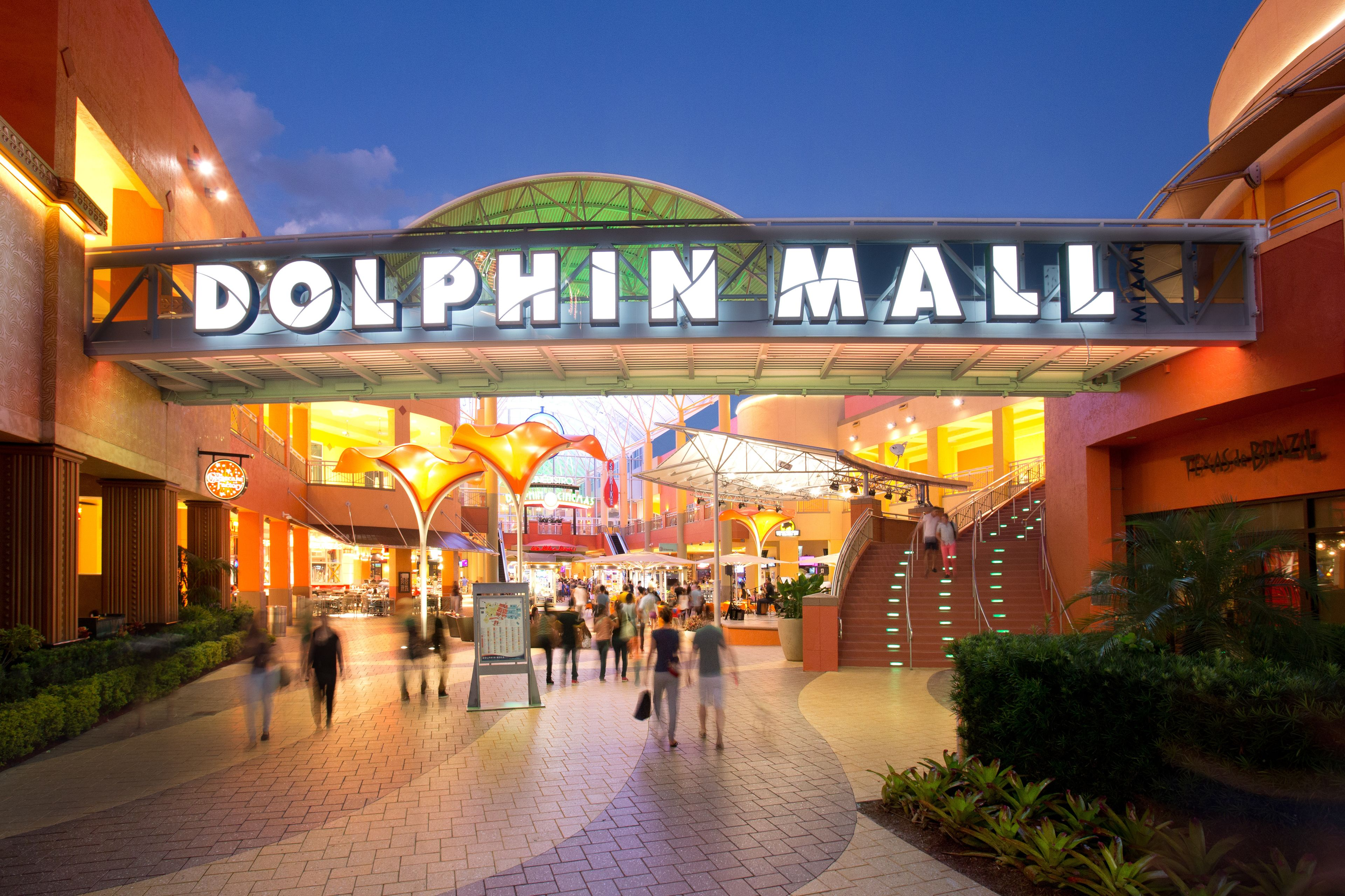 Dolphin Mall in Miami