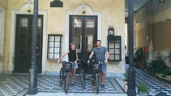 Bike Tour BA South History and Culture +Lunch (Max 6 People)
