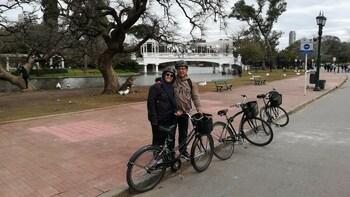 BA Bike Tour: The Paris of South America +Lunch (Max 6 Ppl)