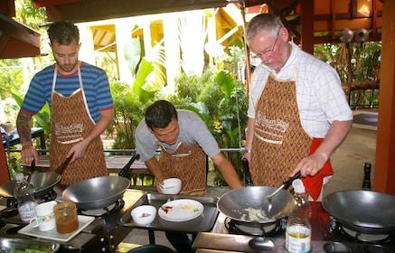 Smart Cook Thai Cookery School in Ao Nang