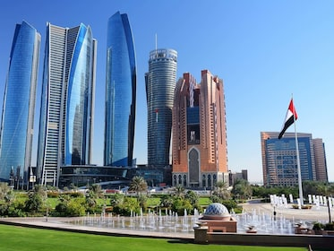 Abu Dhabi: Premium City Tour with Etihad Towers Ticket