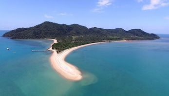 Mission Beach to Dunk Island Return Transfer - Day Trip