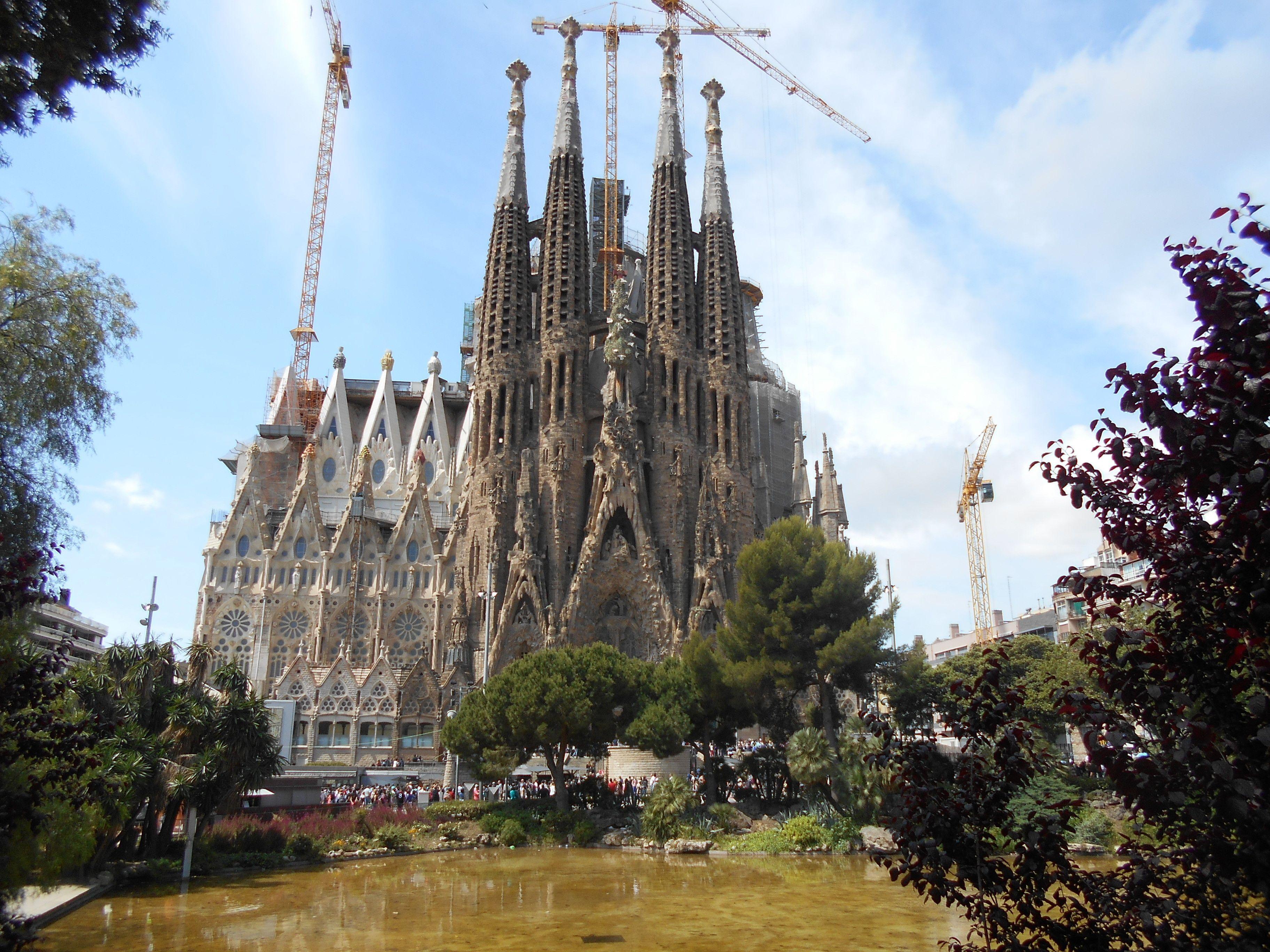 Skip-the-Line: Sagrada Familia Tickets