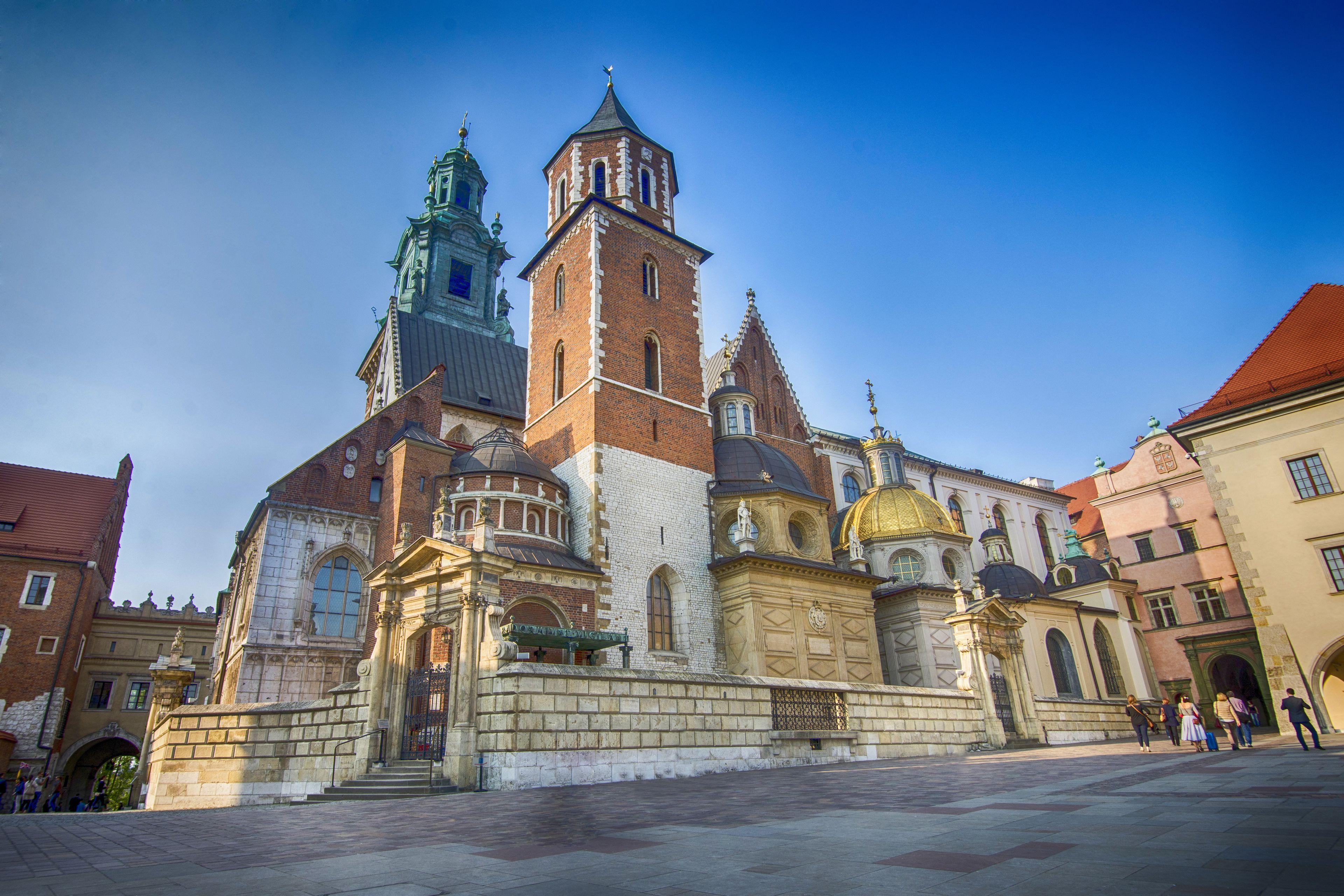 Wawelin kuninkaallisen katedraalin sisäänpääsylippu ja ääniopastus