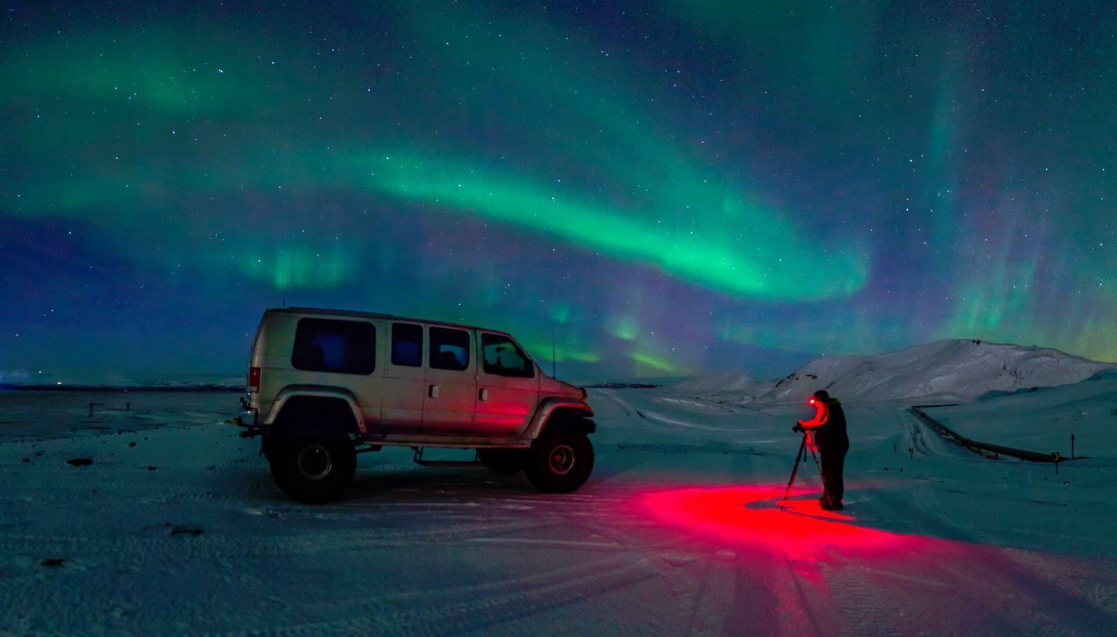 Super Jeep tour with the Northern Lights