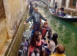 Shared Gondola Ride with Serenade in Venice!