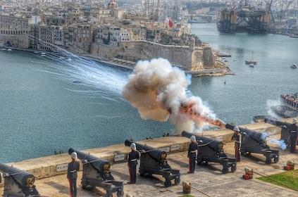 Firing of the Malta Valletta cannons