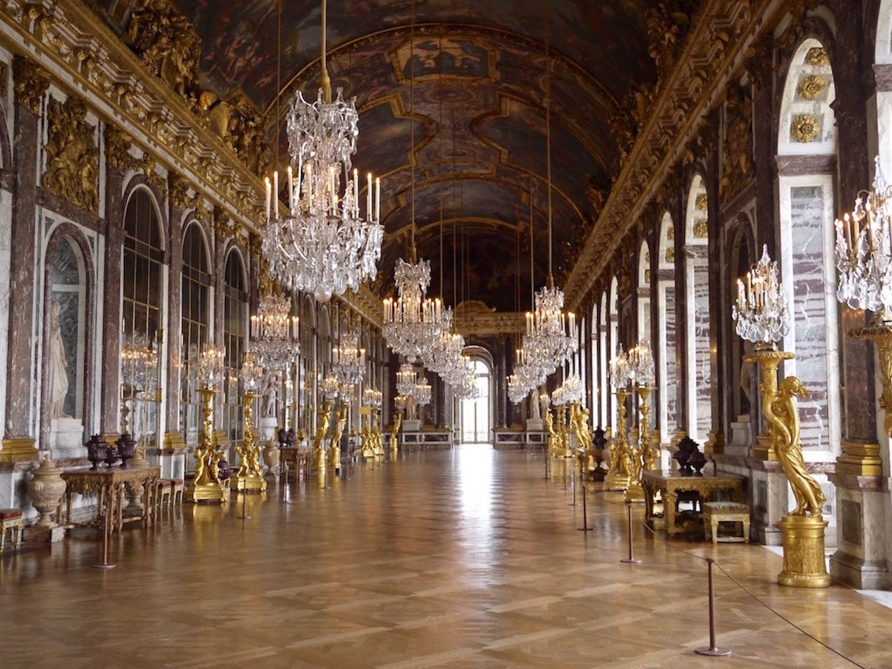 Versailles Palace & Gardens Tour with Gourmet Lunch