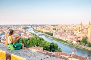 Walking Tour of Verona with Wine Tasting